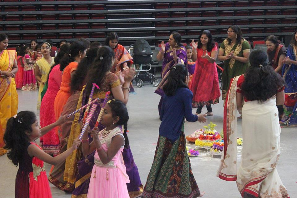 maa voori bathukamm celebration 2016 in milton keynes